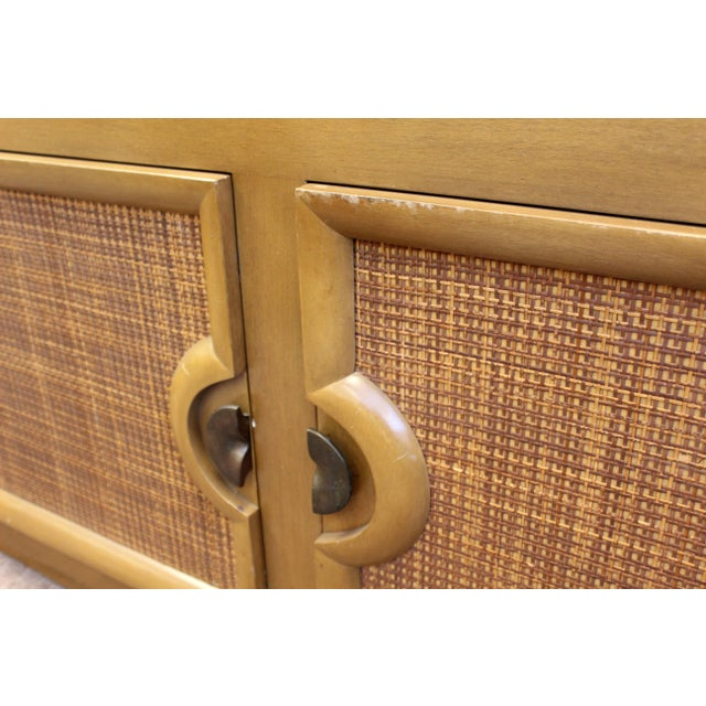 Paul Laszlo Mid-Century Modern Paul Laszlo Credenza Sideboard Buffet Cane and Wood, 1950s For Sale - Image 4 of 9