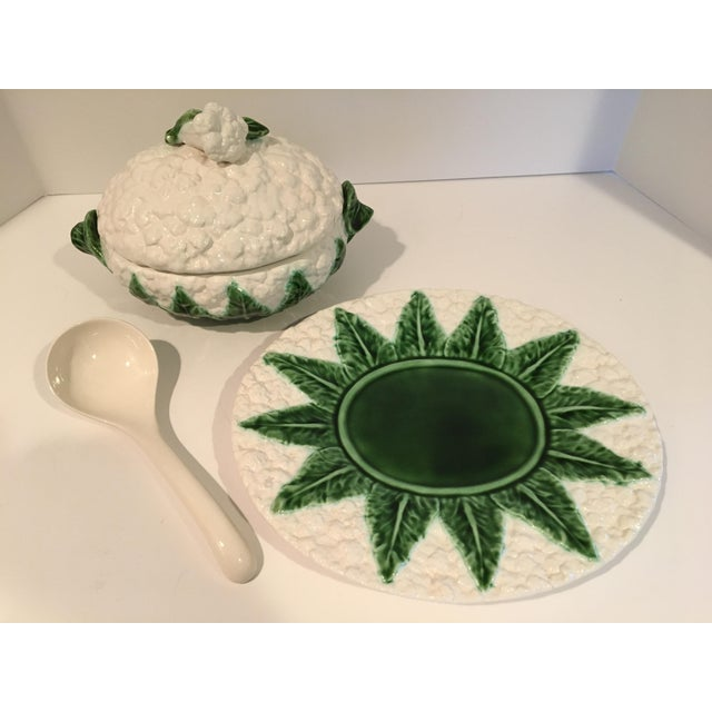 Farmhouse Vintage Majolica Cauliflower Tureen Made in Portugal - 4 Piece Set For Sale - Image 3 of 13