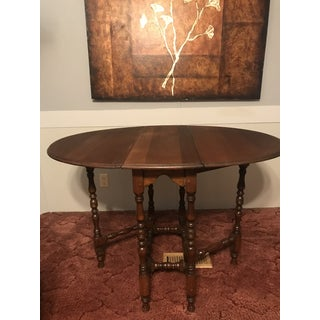 1900s Traditional Gateleg Table Preview