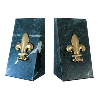Vintage Green and White Marbled Brass Fleur De Lis Bookends - a Pair For Sale