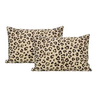 "12"" X 18"" Leopard Linen Ebony - a Pair For Sale"