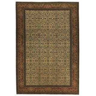 Han-Knotted Vintage Turkish Kayseri Carpet in Cream and Caramel For Sale