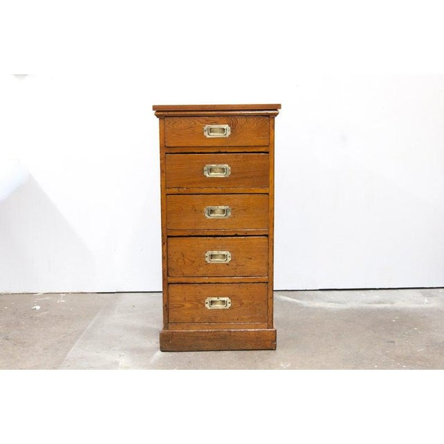 Mid 19th Century English Heart Pine Campaign Chest For Sale In Raleigh - Image 6 of 6