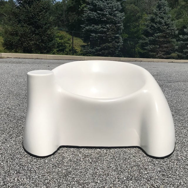 1970s Vintage Wendell Castle White Fiberglass Lounge Chair For Sale - Image 11 of 11
