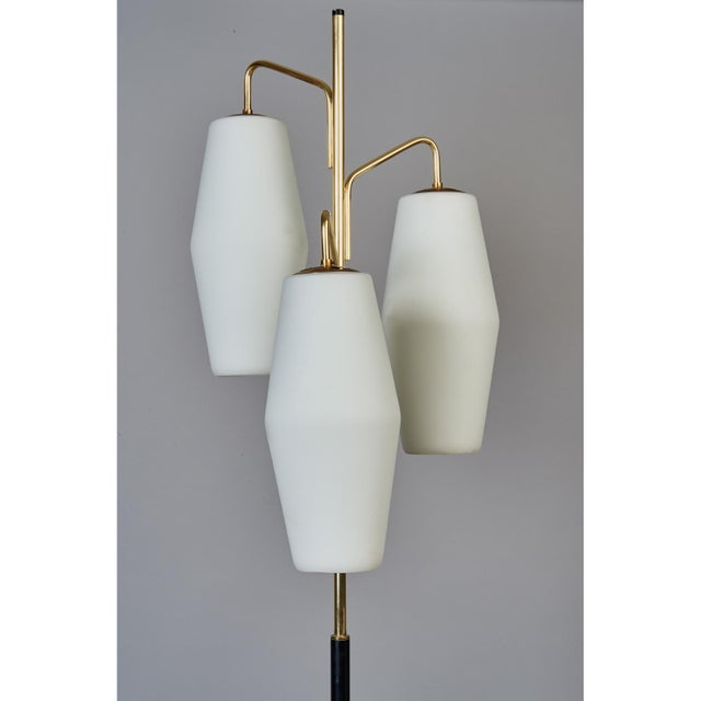 1950s Stilnovo Monumental Floor Lamp in Marble and White Glass, Italy 1950's For Sale - Image 5 of 9