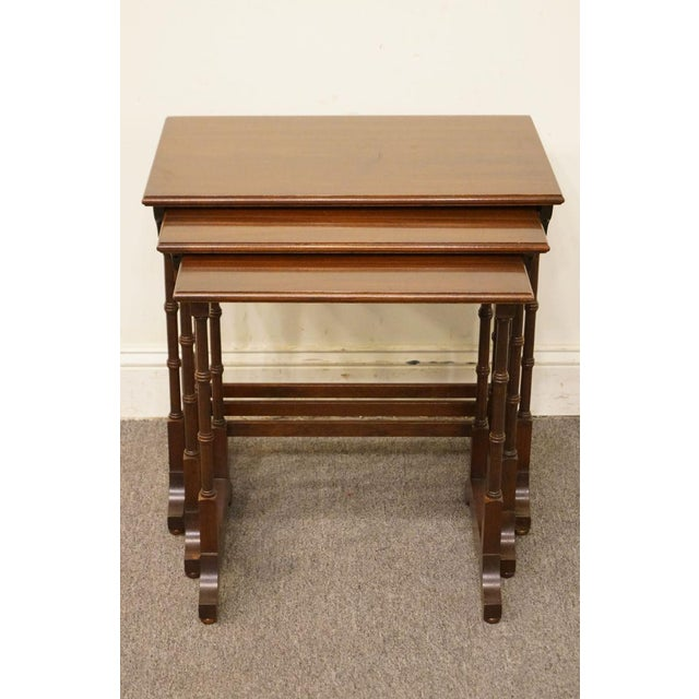 Georgian Ethan Allen Georgian Court Nesting End / Accent Tables - Set of 3 For Sale - Image 3 of 13