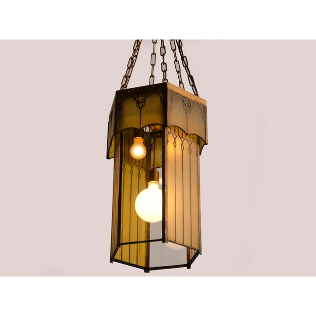 Edwardian English Arts and Crafts Period Tall & Slender Hexagonal Metal Frame & Glass Lantern For Sale - Image 4 of 9
