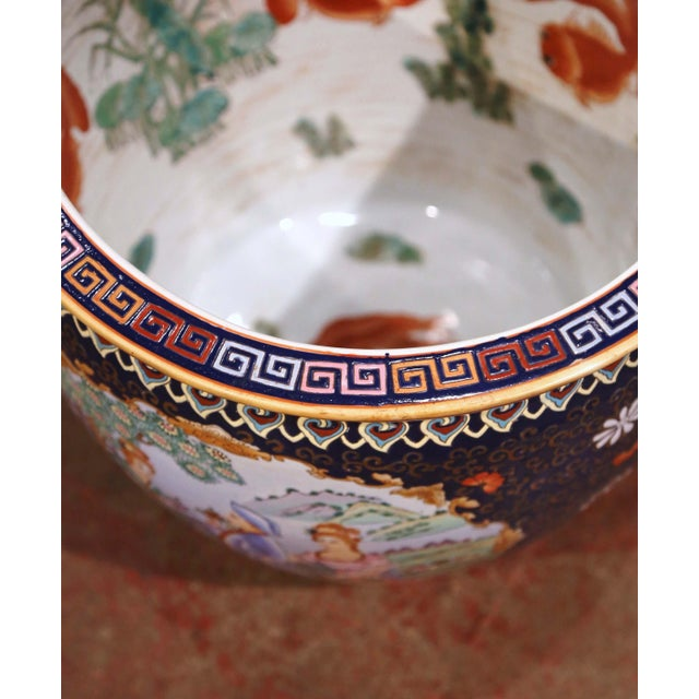 Midcentury Chinese Export Porcelain Fish Bowl With Oriental Decorations For Sale In Dallas - Image 6 of 12