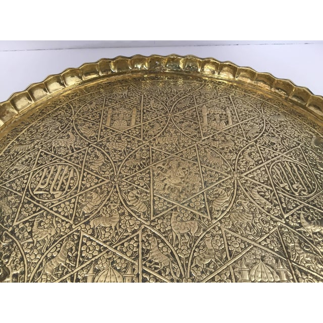 Early 20th Century Large Handcrafted Decorative Indo-Persian Hammered Brass Tray For Sale - Image 5 of 13