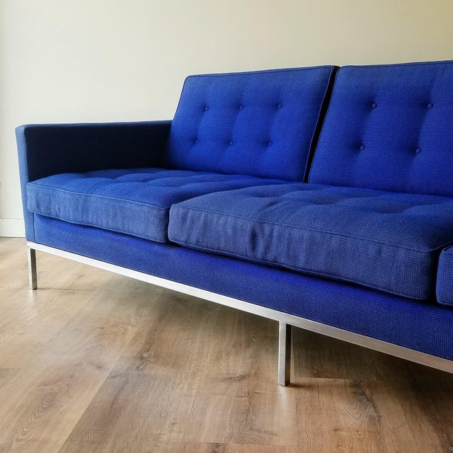 Knoll 1960s Florence Knoll Three Seater Sofa W/ Original Fabric For Sale - Image 4 of 13