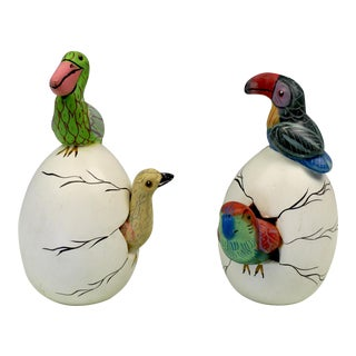 MEXICAN POTTERY HATCHING EGG BIRD SCULPTURE ART FIGURINE TOUCAN VINTAGE SET OF 2