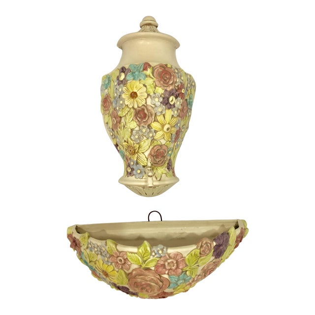Vintage Palm Beach Regency Lilly Pulitzer Style Floral Ceramic Decorative Wall Pocket and Fountain For Sale