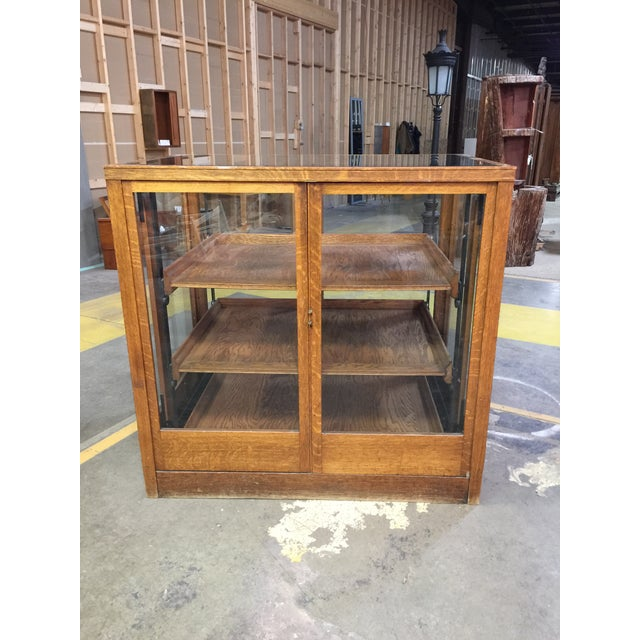 Gold 1900s Americana Oak Display Cabinet With Sliding Shelves For Sale - Image 8 of 8