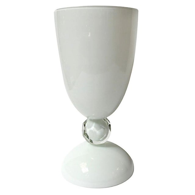 White Murano Glass Urn by Fabio Ltd For Sale In Palm Springs - Image 6 of 6