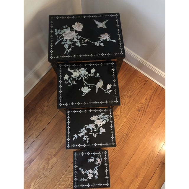 Chinoiserie Mid Century Asian Black Lacquer Nesting Tables - Set of 4 For Sale - Image 3 of 13