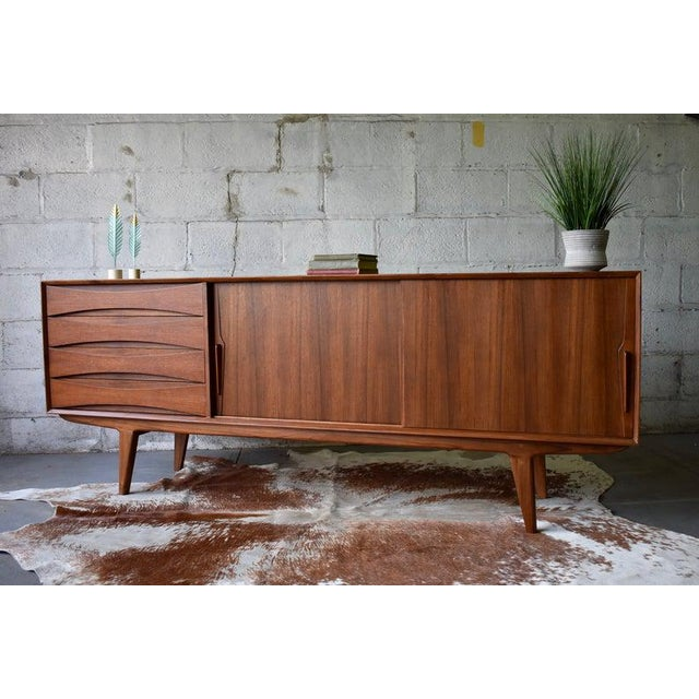 Stunning Extra Long Mid Century styled Modern credenza / media stand. Perfect layout for a media stand - generous shelving...