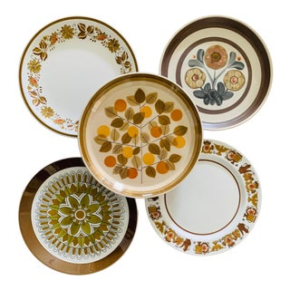 1970s Mismatched Stoneware Dinner Plates - Set of 5 For Sale