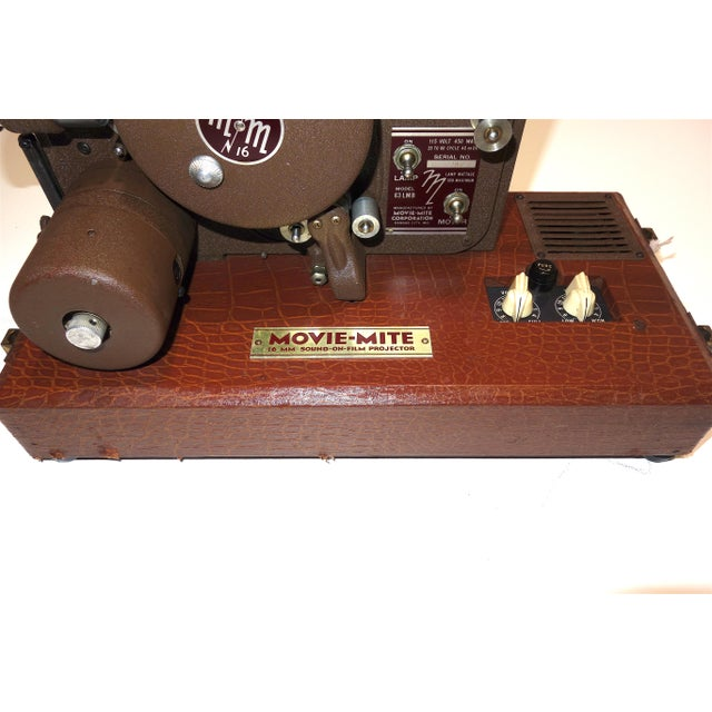 Circa 1940's Sound and Picture Movie Projector. Art Deco Design. All Original 16mm Artifact For Sale - Image 4 of 13