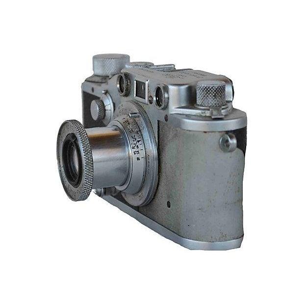 Art Deco Vintage Leica Camera - D.R.P. Ernst Leitz Wetzlar For Sale - Image 3 of 5