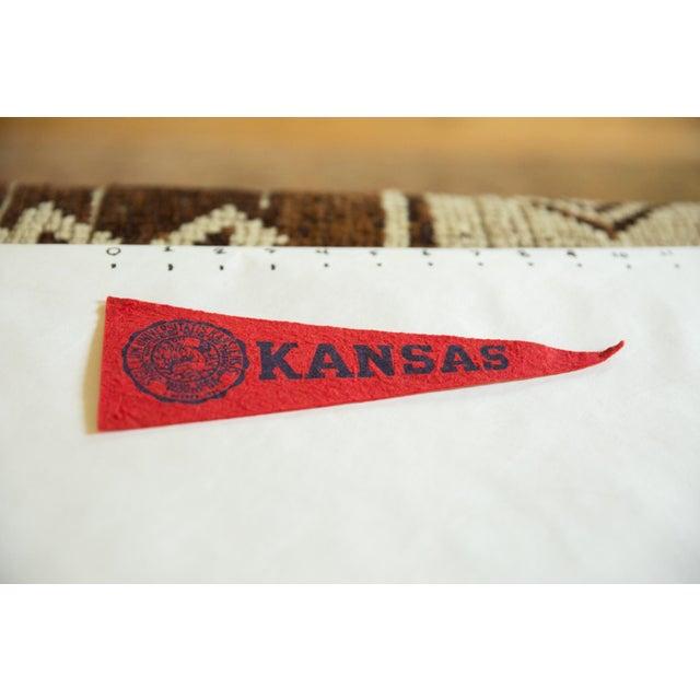 :: Mini Vintage University of Kansas felt flag pennant circa 1950s. Featuring their school colors and their seal.