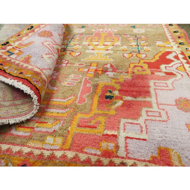 """Vintage Persian Mahal Rug – Size: 3' 11"""" X 6' 8"""" For Sale - Image 9 of 10"""