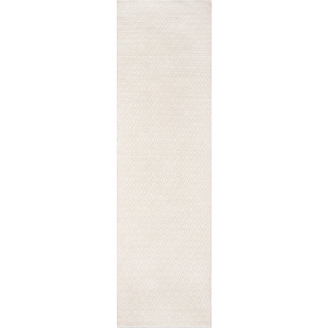 "2010s Erin Gates Newton Davis Beige Hand Woven Recycled Plastic Runner 2'3"" X 8' For Sale - Image 5 of 5"