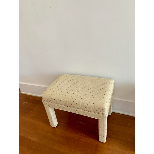 Parsons Style Polka Dot Upholstered Bench - One Available For Sale In Los Angeles - Image 6 of 10