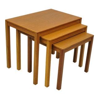 1960s Mid Century Modern Bent Silberg Teak Nesting Stacking Side Tables - Set of 3 For Sale