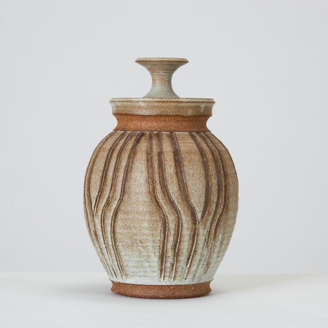 Contemporary California Modern Incised Studio Pottery Vessel With Lid by Don Jennings For Sale - Image 3 of 13