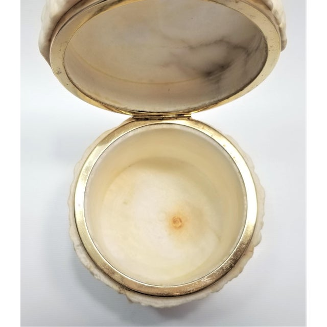 White Rare Heavy Vintage Italian Alabaster Marble Jewelry Box - Italy Mid Century Modern Palm Beach Boho Chic For Sale - Image 8 of 13