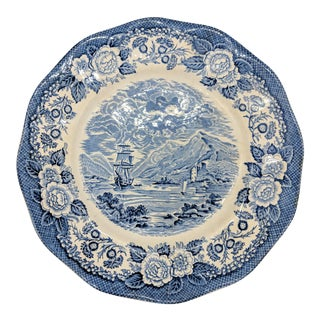"20th Century English Traditional Royal Warwick Blue and White ""Lochs of Scotland"" Plate For Sale"