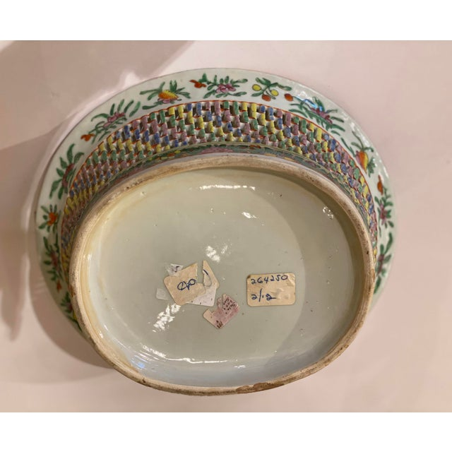 Famille Verte Pierced Bowl and Under Plate For Sale - Image 12 of 13