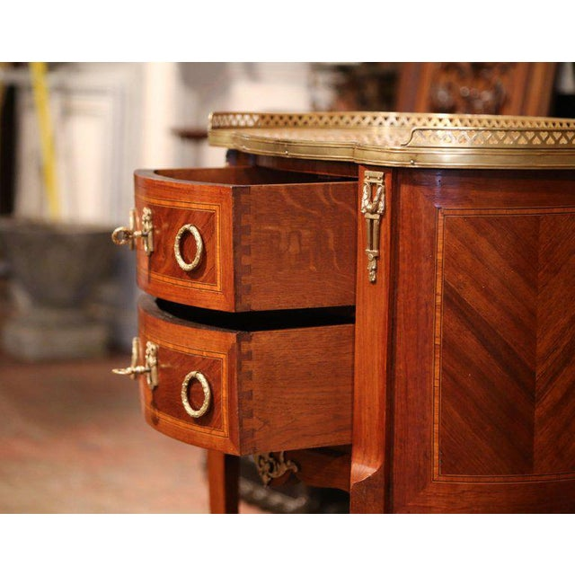 19th Century French Louis XV Walnut Commode Nightstand Chest With Marble Top For Sale In Dallas - Image 6 of 10