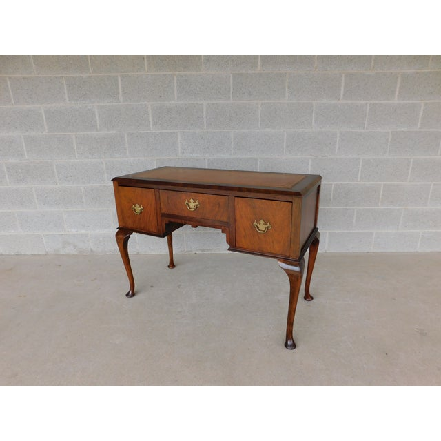 Vintage Georgian Style Tooled Leather Top Mahogany Dressing Table - Vanity For Sale - Image 13 of 13