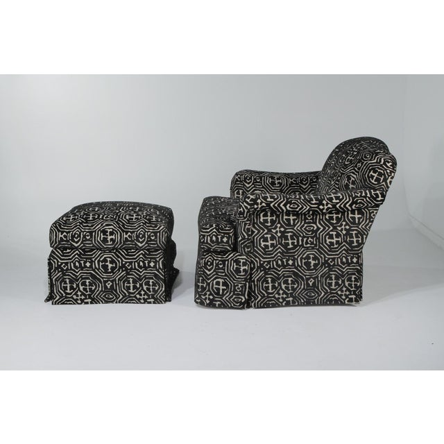 1980s Vintage Black & White Club Chair and Ottoman For Sale - Image 9 of 12