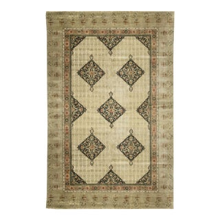 "Traditional Hand Woven Rug - 12'11"" x 19'5"" For Sale"