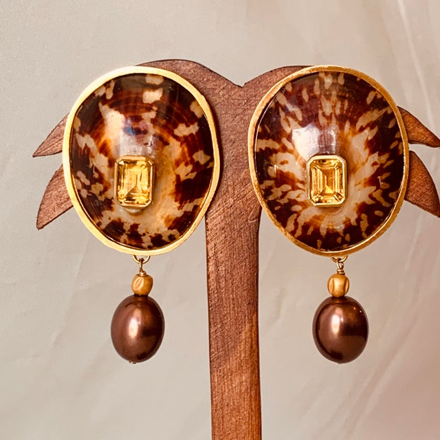 Contemporary Tortoise Limpet Shell Earrings For Sale - Image 3 of 3