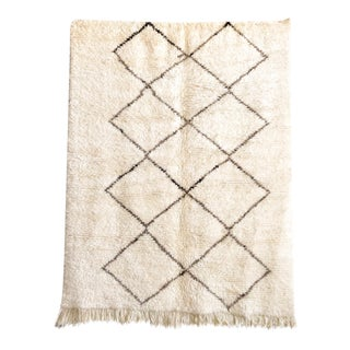 """Vintage Moroccan Beni Ourain Floor Rug - 5'4"""" x 6'9"""" For Sale"""