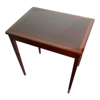 Mid-20th Century Federal Style Mahogany Occasional Table For Sale