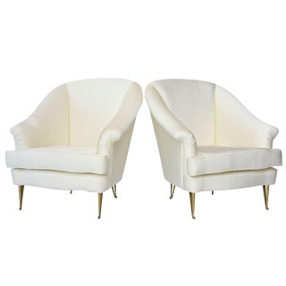 Pair of Italian Modern Club Chairs Made by Isa, Attributed to Gio Ponti, 1950s For Sale