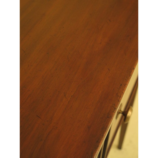 Neoclassical Kittinger Mahogany Colonial Williamsburg Sideboard For Sale - Image 3 of 13