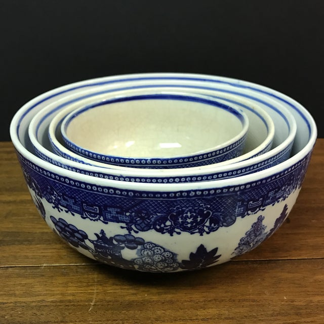 Blue Willow Nesting Bowls - Set of 4 For Sale - Image 5 of 6