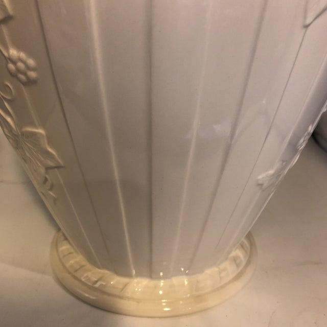 Hollywood Regency 1990s Hollywood Regency Wedgwood Classic Gardens Cream Fluted Vase For Sale - Image 3 of 6