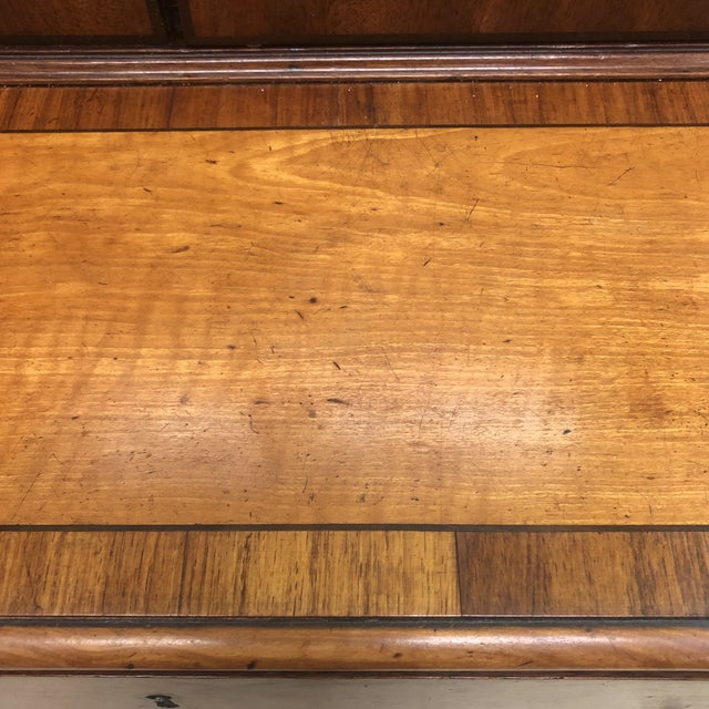 Antique 1830s English Satinwood Mahogany Butler's Desk For Sale In Richmond - Image 6 of 12