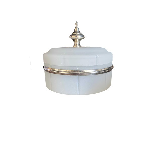 Traditional Antique Opaline Box With Silver Finial For Sale - Image 3 of 10