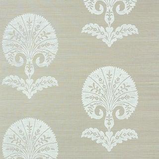Sample - Schumacher Ottoman Flower Sisal Wallpaper in Fog For Sale