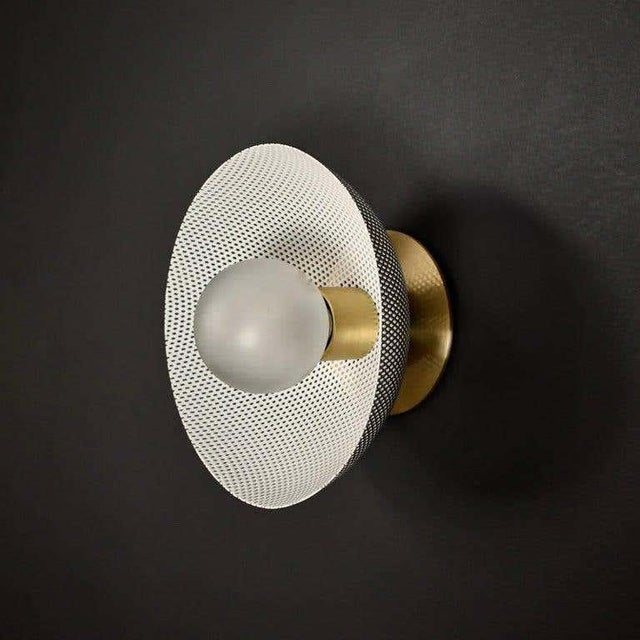 Metal Centric Wall Sconce in White Enamel Mesh & Brass by Blueprint Lighting For Sale - Image 7 of 7