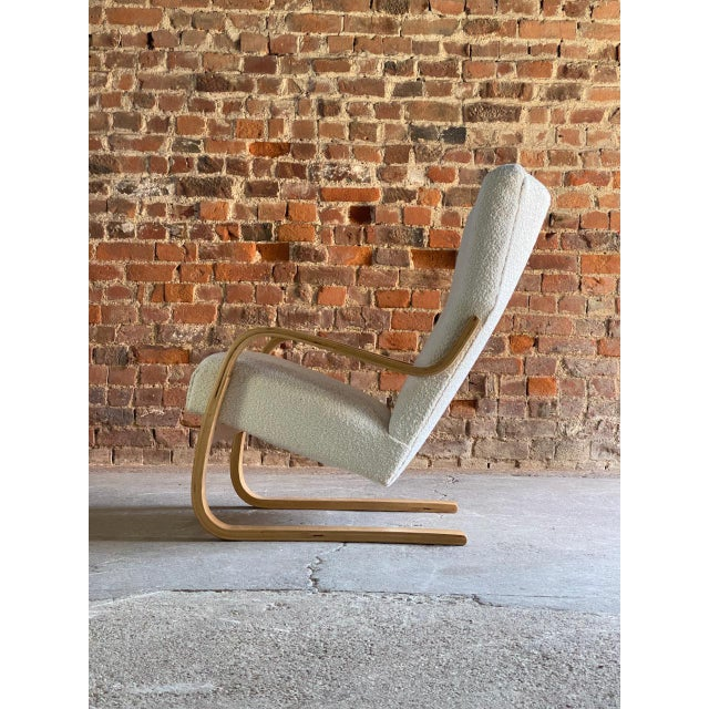 Wood 1940s Vintage Alvar Aalto Model 401 Cantilever Lounge Chair in Bouclé by Finmar For Sale - Image 7 of 12