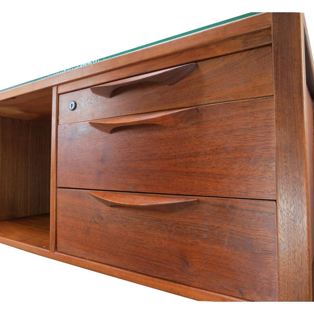 Brown 1950s Scandinavian Modern Jens Risom Walnut and Glass 5-Drawer Credenza For Sale - Image 8 of 13