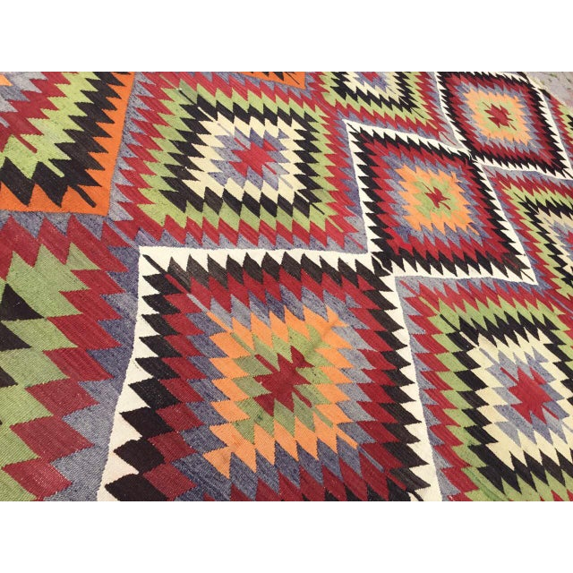 Vintage Turkish Kilim Rug For Sale - Image 5 of 10